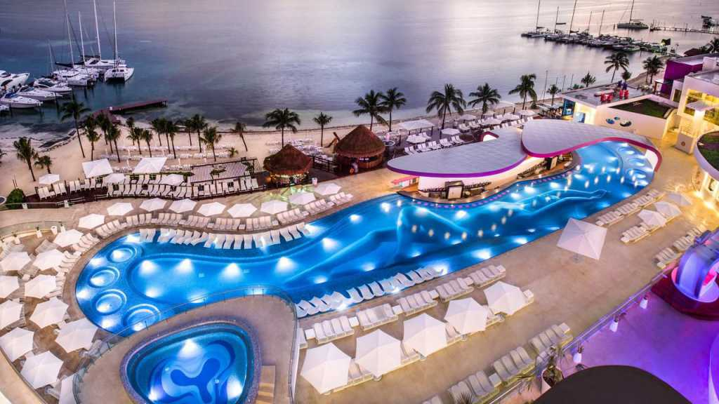 Swingers Resort Temptation Cancun